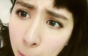 女の濃い眉毛の初めての整え方に悩む