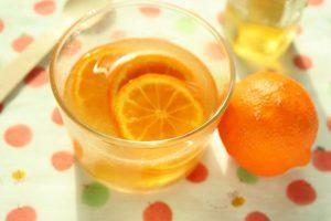 唇のくすみを消すはちみつレモン